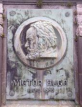 170px-Monument_Hugo_Waterloo