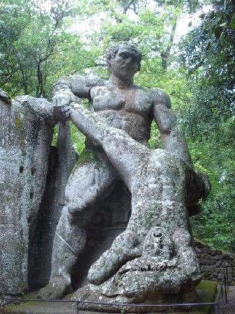 bosco-sacro-di-bomarzo